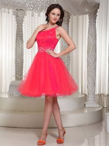Lace-up for Fuchsia Prom Dress with One Shoulder Beaded Decoration