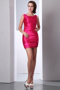 Scoop Neck Ruched Taffeta Hot Pink Mini-length Cocktail Prom Dresses