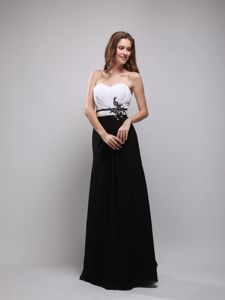 Black and White Sweetheart Full-length Senior Prom Dress with Appliques