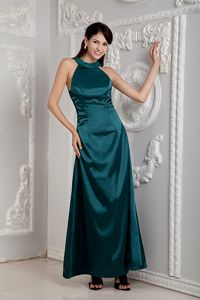 Dark Green Long Prom Dress for Summer with Beaded Round Neck Online