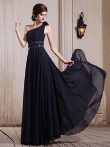 Wholesale One Shoulder Chiffon Maxi Prom Dress in Navy Blue with Beading