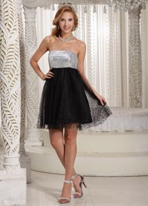 Black and White Strapless Short Junior Prom Dress with Sequins in Ellsworth