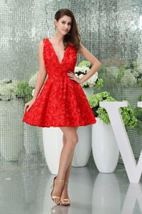 Lovely V-neck Mini-length Red Prom Dresses with Flowers in Metropolis