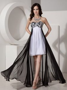 Cheap Black and White Chiffon Prom Gowns with Appliques and Beading