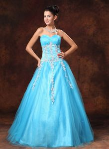 Sweetheart A-line Floor-length Prom Gowns in Baby Blue with Appliques