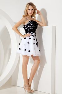 Cute Spaghetti Straps White Short Junior Prom Dress with Flowers and Sash