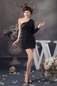 New Asymmetrical Black One Shoulder Long Sleeve Semi-formal Prom Dress