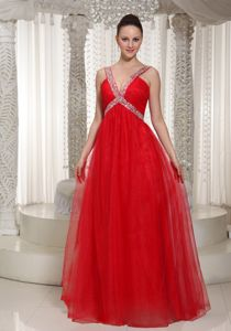 Sleeveless V-neck Red Chiffon Long Prom Gowns with Beading in McKinney