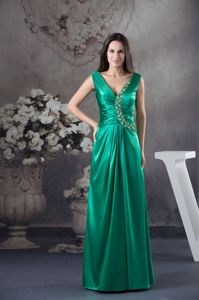 V-neck Teal Ruched Floor-length Prom Dresses with Appliques in Arlee Montana