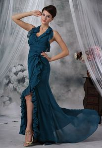 Halter Green Chiffon Dress for Prom with High Slit and Brush Train