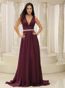 Recommended Plunging V-neck Burgundy Formal Prom Dress for Women