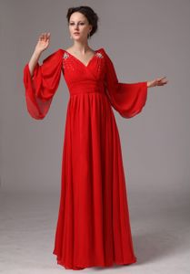 Red V-neck Appliqued Formal Prom Dress with Long Sleeves in Abilene