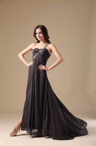 Modest Brown One Shoulder Prom Gown Dress with the Back out