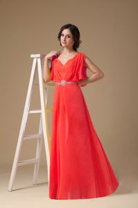 Customize Red Floor-length V-neck Prom outfits with Beaded Waist