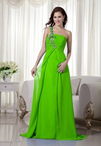 Spring Green One Shoulder Prom Gowns with Appliques and Ruche