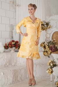 Knee-length Ruched Yellow Prom Dress with Handmade Flower in Apex NC