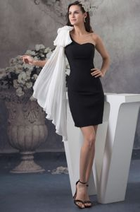 Special Design One Shoulder Black Mini Dress for Prom with White Bow