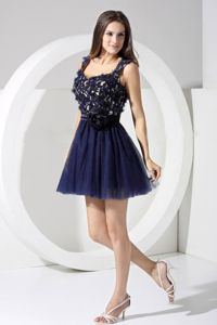 Navy Blue Tulle Straps Short Prom Outfits with Hand Made Flowers