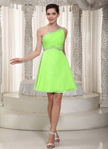 Pretty Yellow Green One Shoulder Beaded Dress for Prom Chiffon