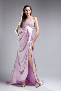 New Arrival Lavender Sweetheart Beaded Prom Attire with High Slit