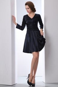 Modest V-neck Long Sleeves Black Short Prom Outfits for Wholesale