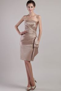 Cheap Strapless Lace-up Chocolate Knee-length Prom Dress under 100