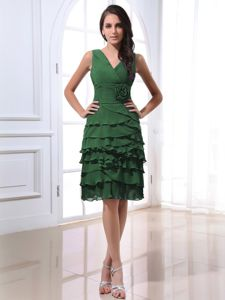 V-neck Green Prom Dress with Ruffles and Hand Made Flowers in Sandy