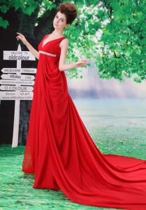 V-neck Red Senior Prom Dresses with Beading and Ruches in Queanbeyan