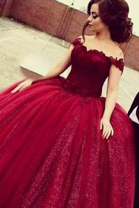 Off the Shoulder Wine Red Short Sleeves Lace Floor Length Prom Evening Gown