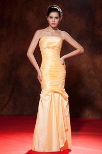 Graceful Strapless Ruched Gold Taffeta Dress for Prom in Hythe Hampshire